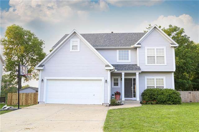 909 Colonial Drive, Pleasant Hill, MO 64080 (#2334578) :: Austin Home Team