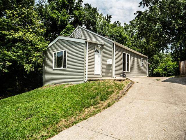 411 S Tennessee Avenue, Independence, MO 64053 (#2334784) :: The Shannon Lyon Group - ReeceNichols