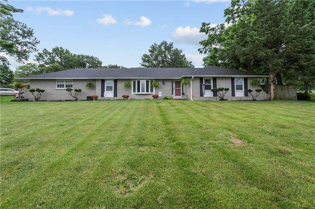 1225 W 36th Street, Independence, MO 64055 (#2334839) :: Audra Heller and Associates