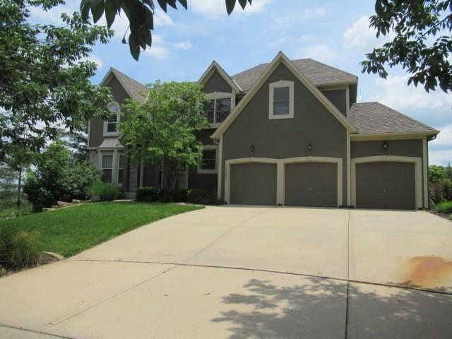 14301 Robinson Avenue, Overland Park, KS 66223 (#2334840) :: Audra Heller and Associates
