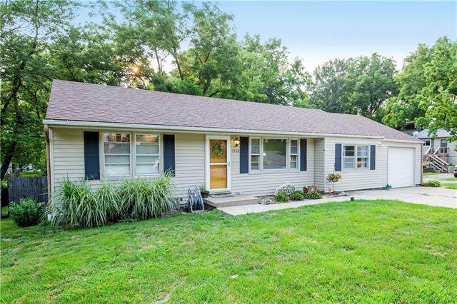 1908 N Kiger Road, Independence, MO 64050 (#2334981) :: Audra Heller and Associates