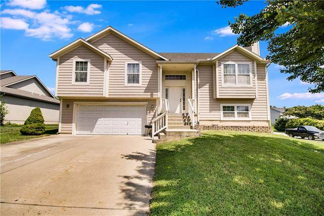 20600 W 221st Street, Spring Hill, KS 66083 (MLS #2335151) :: Stone & Story Real Estate Group
