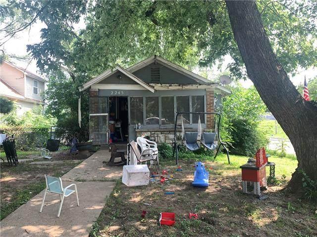 1835 N 24th Street, Kansas City, KS 66104 (#2335181) :: ReeceNichols Realtors