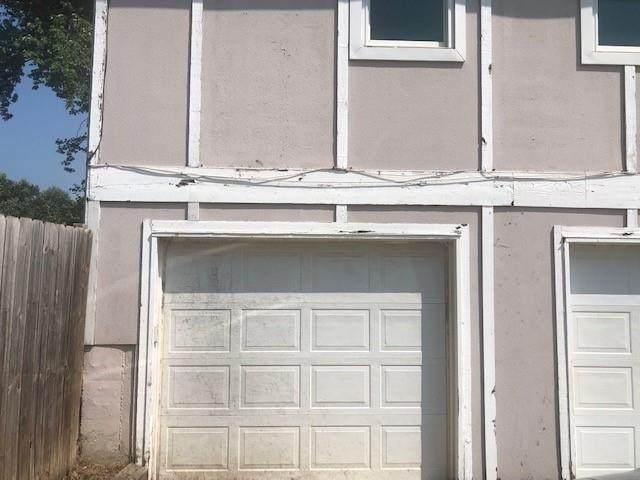 656 S 6th Street, Edwardsville, KS 66111 (MLS #2335184) :: Stone & Story Real Estate Group