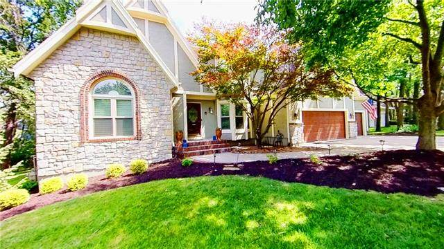 13909 Eby Street, Overland Park, KS 66221 (#2335232) :: Tradition Home Group | Compass Realty Group