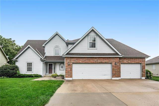 1114 Wiltshire Court, Raymore, MO 64083 (#2335337) :: The Shannon Lyon Group - ReeceNichols