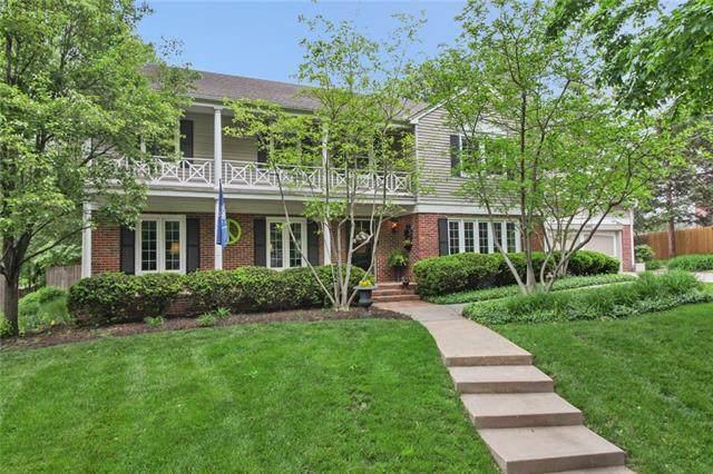 1030 W 67th Terrace, Kansas City, MO 64113 (#2335354) :: Austin Home Team