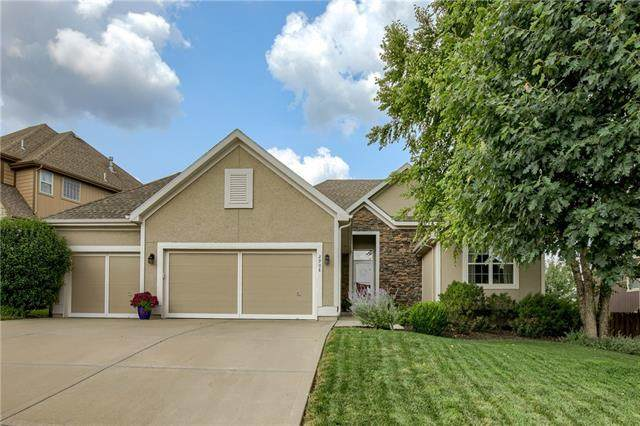2908 NW 62ND Terrace, Kansas City, MO 64151 (#2335361) :: Audra Heller and Associates