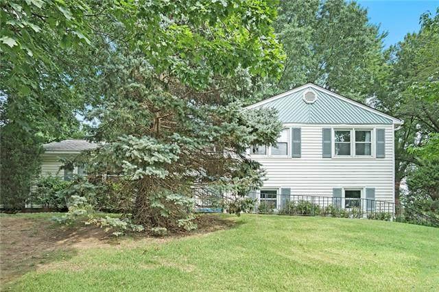 4941 N Highland Avenue, Kansas City, MO 64118 (#2335388) :: Eric Craig Real Estate Team