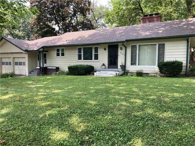 500 NE Poplar Drive, Kansas City, MO 64118 (#2335430) :: Eric Craig Real Estate Team