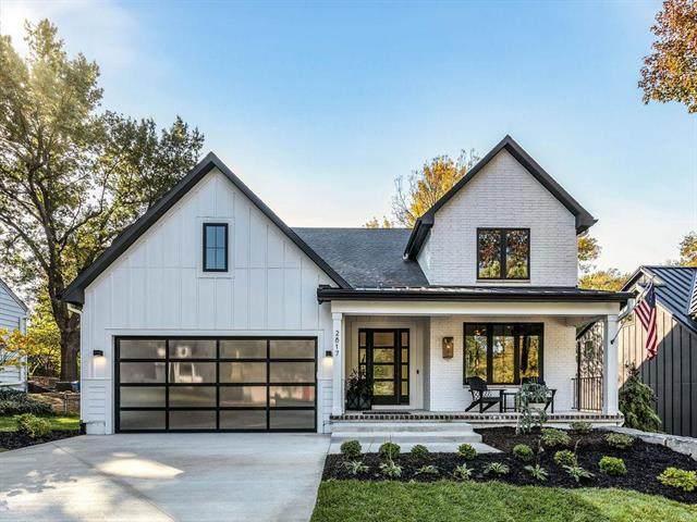 7942 Reinhardt Lane, Prairie Village, KS 66208 (MLS #2335487) :: Stone & Story Real Estate Group