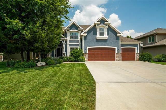 20922 W 68th Terrace, Shawnee, KS 66218 (#2335552) :: Edie Waters Network