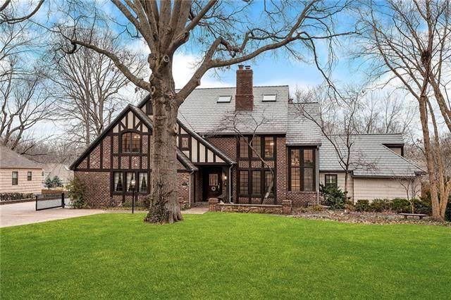 9415 Lee Boulevard, Leawood, KS 66206 (#2335576) :: Team Real Estate
