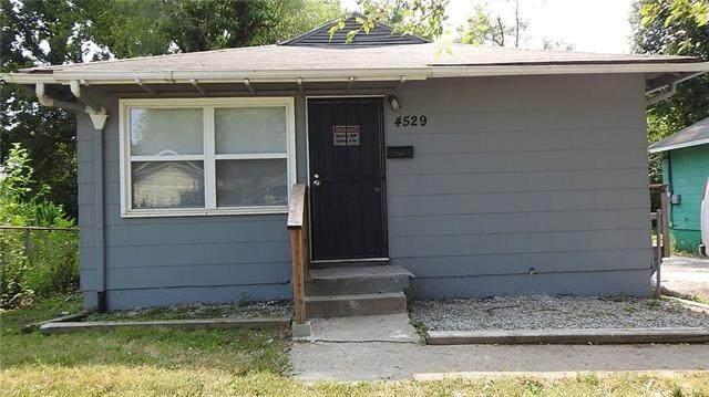 4529 Lawn Avenue, Kansas City, MO 64130 (#2335632) :: The Shannon Lyon Group - ReeceNichols