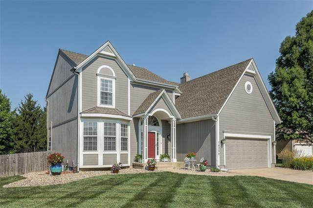 16356 S Central Street, Olathe, KS 66062 (#2335639) :: Eric Craig Real Estate Team