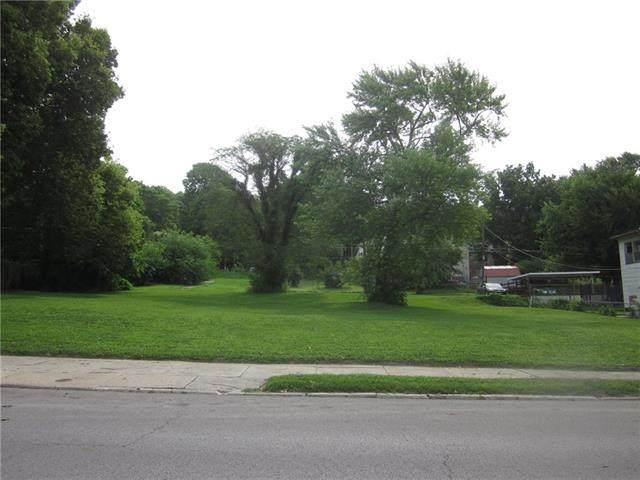 717 S 10th Street, St Joseph, MO 64501 (#2335658) :: The Shannon Lyon Group - ReeceNichols