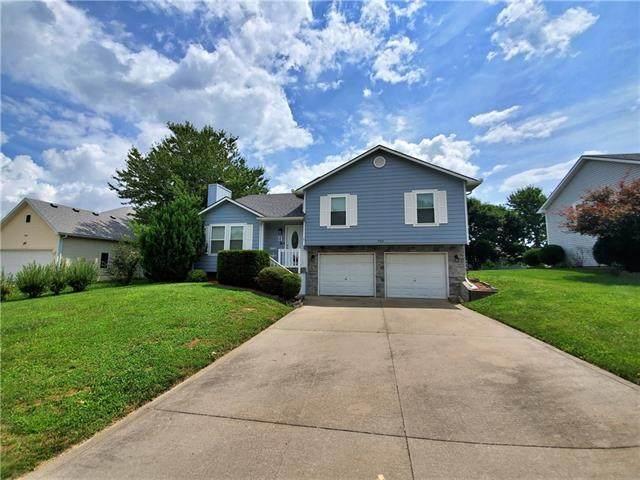 703 Hallbrooke Drive, Warrensburg, MO 64093 (#2335669) :: Eric Craig Real Estate Team