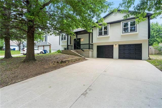 2912 Kensington Road, Lawrence, KS 66046 (MLS #2335673) :: Stone & Story Real Estate Group
