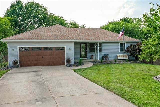 1014 Golden Avenue, Excelsior Springs, MO 64024 (MLS #2335715) :: Stone & Story Real Estate Group