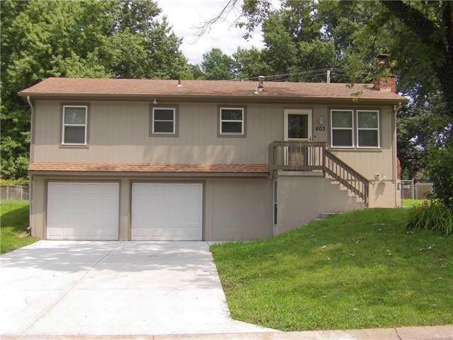 503 NE Castle Drive, Lee's Summit, MO 64086 (#2335773) :: Team Real Estate