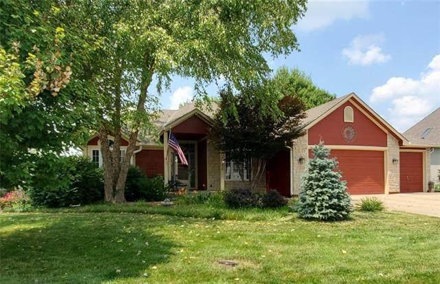414 S Lakeshore Drive, Raymore, MO 64083 (#2335804) :: Eric Craig Real Estate Team