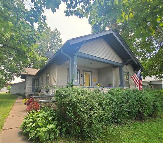 418 W 5th Avenue, Garnett, KS 66032 (#2335844) :: Five-Star Homes