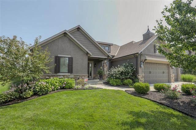 11705 W 152 Street, Overland Park, KS 66221 (MLS #2335916) :: Stone & Story Real Estate Group
