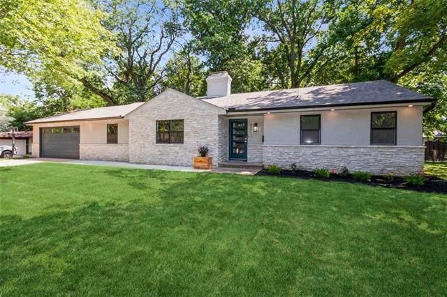 5311 W 66 Terrace W, Prairie Village, KS 66208 (#2335954) :: The Kedish Group at Keller Williams Realty