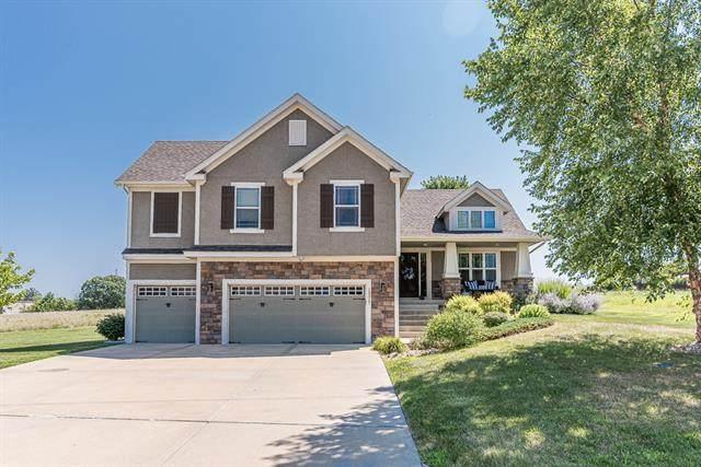 13317 Davis Avenue, Bonner Springs, KS 66012 (#2335967) :: Five-Star Homes