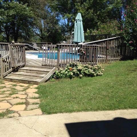 12200 Donahoo Road, Kansas City, KS 66109 (#2335973) :: Eric Craig Real Estate Team