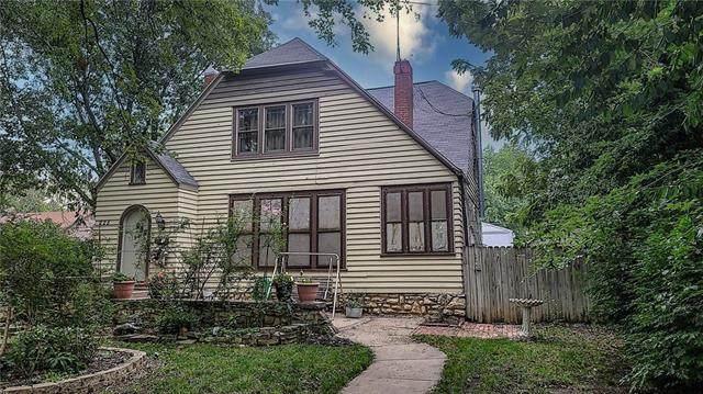 225 W 6th Avenue, Garnett, KS 66032 (MLS #2336029) :: Stone & Story Real Estate Group