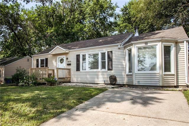 6830 Nieman Road, Shawnee, KS 66203 (MLS #2336038) :: Stone & Story Real Estate Group