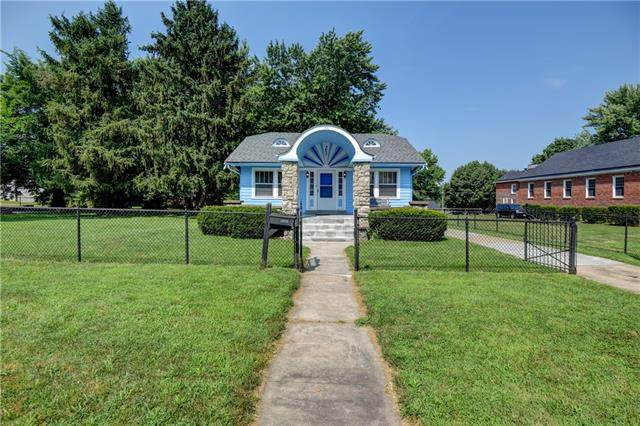 1710 S Northern Boulevard, Independence, MO 64052 (#2336156) :: Team Real Estate