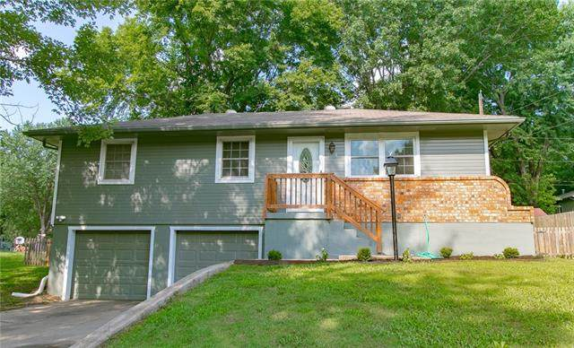 1504 SE Stratford Street, Blue Springs, MO 64014 (#2336188) :: Tradition Home Group | Better Homes and Gardens Kansas City