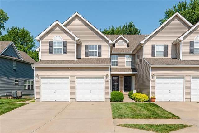 2104 SW Rambling Vine Road, Lee's Summit, MO 64082 (#2336218) :: Team Real Estate