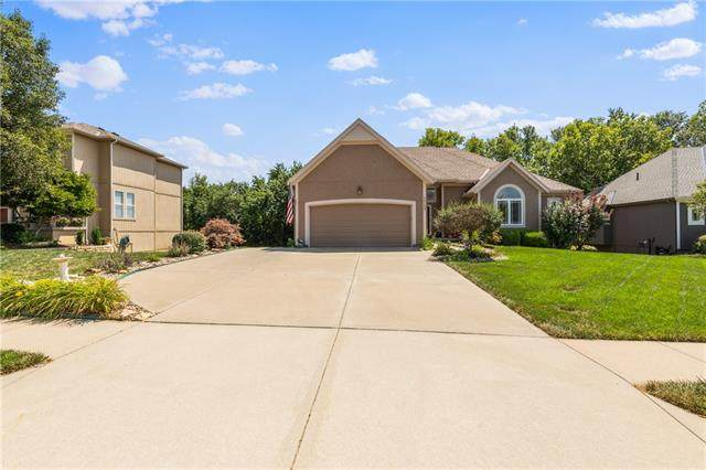 24103 W 80th Place, Lenexa, KS 66227 (#2336244) :: SEEK Real Estate