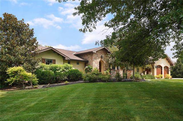 3908 W 140th Drive, Leawood, KS 66224 (MLS #2336253) :: Stone & Story Real Estate Group
