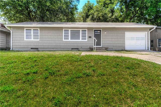 3707 W 75th Street, Prairie Village, KS 66208 (#2336309) :: Ron Henderson & Associates