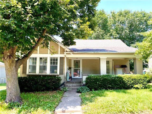 18 S Jewell Street, Liberty, MO 64068 (#2336322) :: Austin Home Team