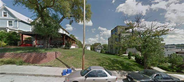 1839 Summit Street, Kansas City, MO 64108 (#2336352) :: Eric Craig Real Estate Team