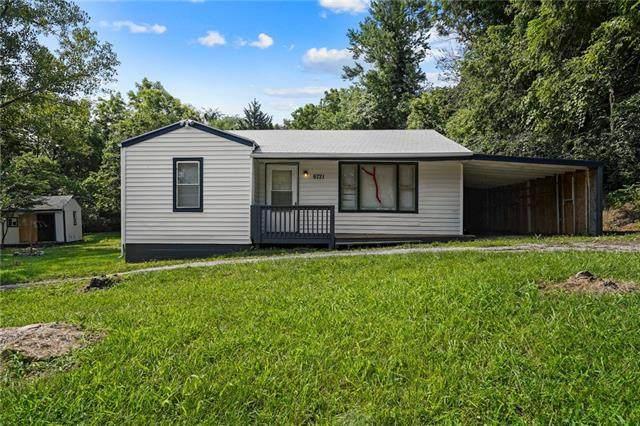 6721 NE 52nd Street, Kansas City, MO 64119 (#2336385) :: Eric Craig Real Estate Team