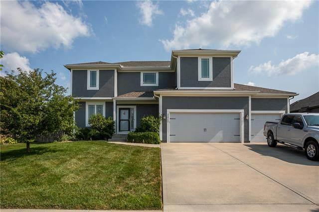 25960 W 143rd Terrace, Olathe, KS 66061 (#2336399) :: Eric Craig Real Estate Team