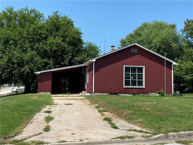 101 E College Street, Odessa, MO 64076 (#2336406) :: Eric Craig Real Estate Team