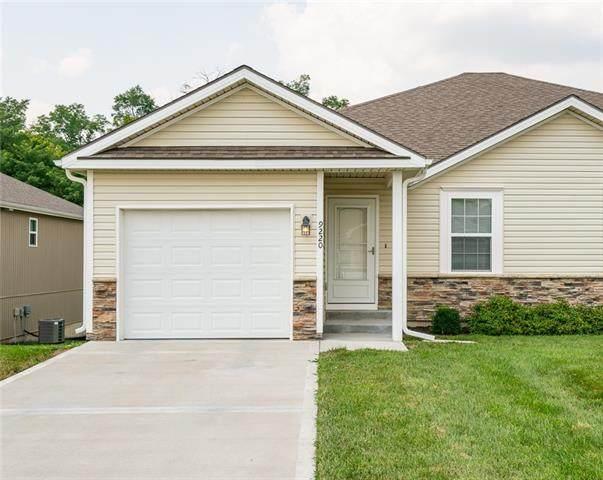 9220 N Gower Avenue, Kansas City, MO 64154 (#2336421) :: Eric Craig Real Estate Team