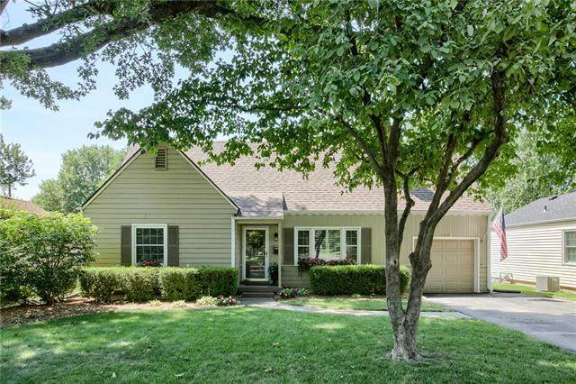 4823 W 55TH Street, Roeland Park, KS 66205 (#2336431) :: Tradition Home Group | Better Homes and Gardens Kansas City