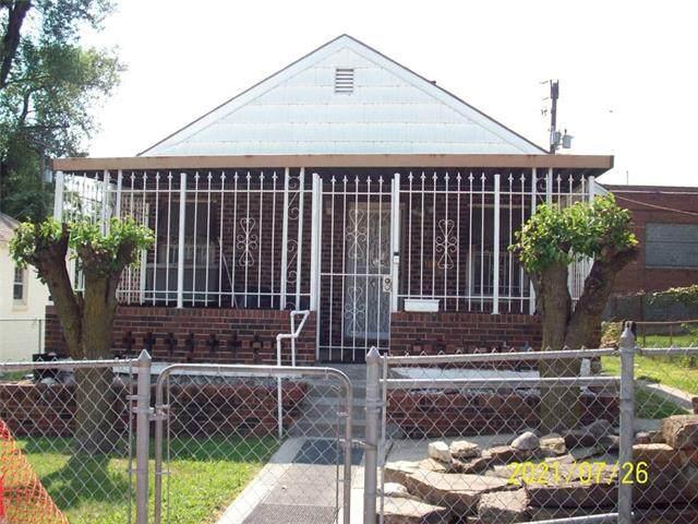 1110 Lydia Avenue, Kansas City, MO 64106 (MLS #2336432) :: Stone & Story Real Estate Group