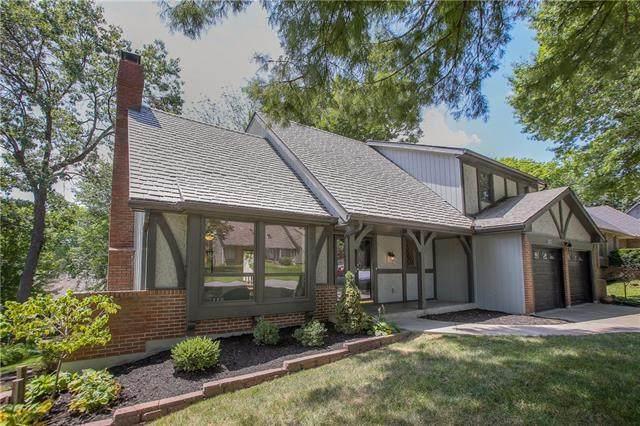 201 NW Cypress Street, Lee's Summit, MO 64064 (#2336446) :: SEEK Real Estate