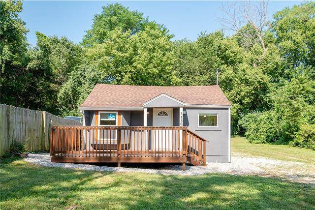 5130 Booth Avenue, Kansas City, MO 64129 (MLS #2336540) :: Stone & Story Real Estate Group