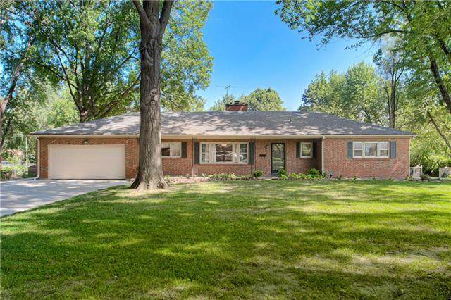 1108 E 108th Terrace, Kansas City, MO 64131 (MLS #2336552) :: Stone & Story Real Estate Group