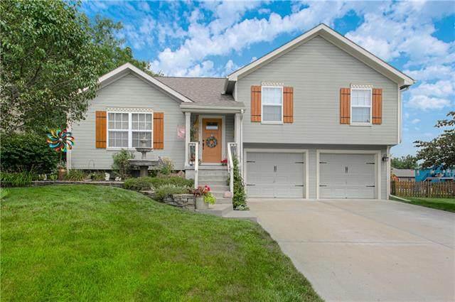 1306 Amber Lane, Kearney, MO 64060 (#2336580) :: Audra Heller and Associates
